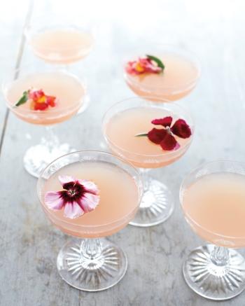 lillet-rose-cocktails-mld108276_vert.jpg